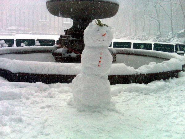 Snowman in Bryant Park