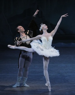 Maria Kowroski and Tyler Angle in NYCB's Swan Lake