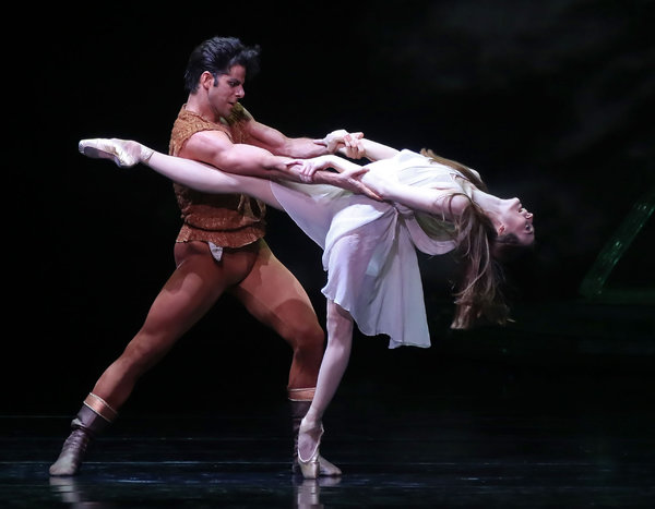 Marcello Gomes and Julie Kent