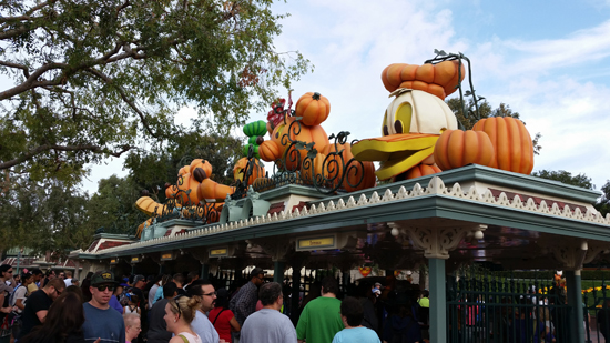 DisneylandEnterance